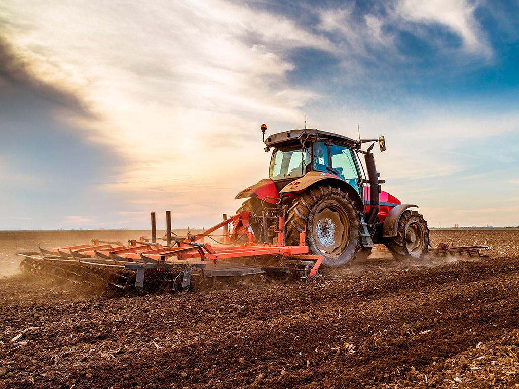 Implementos agrícolas: Conheça os principais e suas funções
